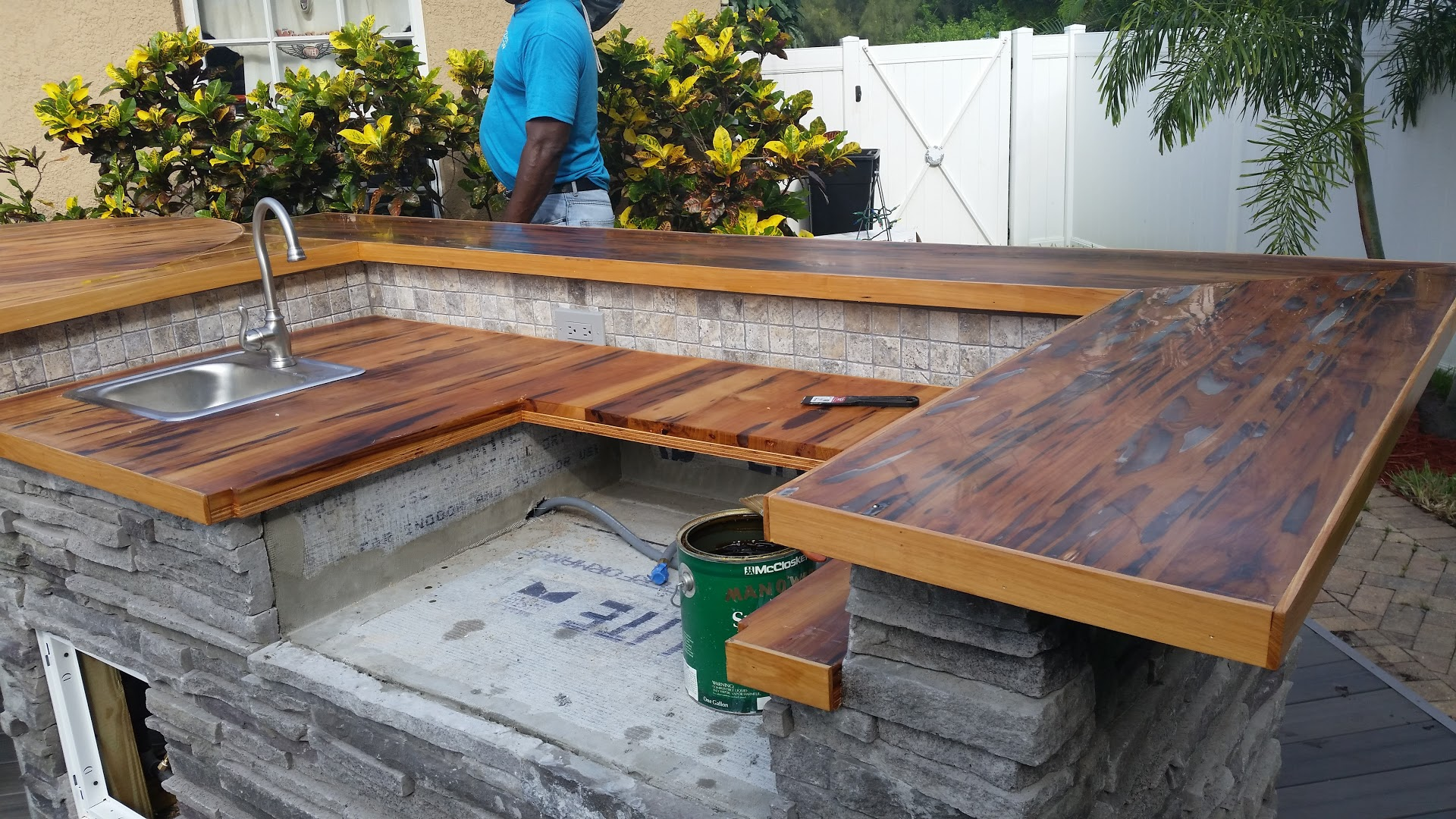 Best Countertop For Outdoor Kitchen